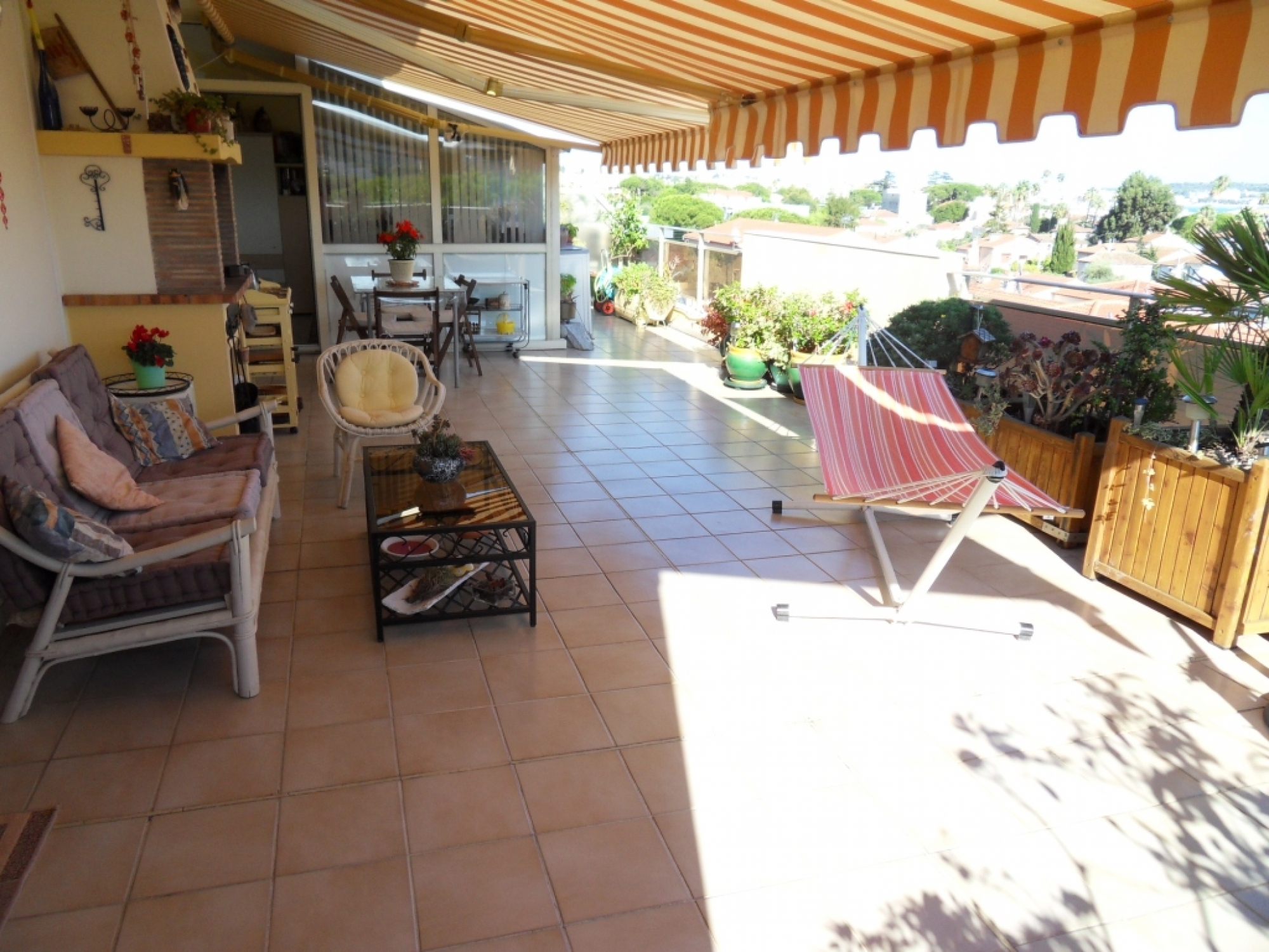 VIAGER OCCUPE GOLFE JUAN appartement 3/4 pièces