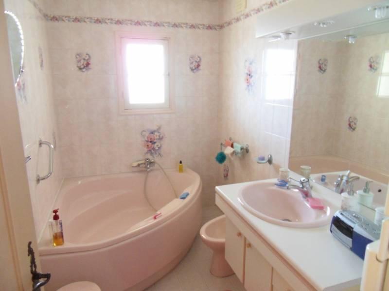 villa 4 pi ces saint jeannet 06640 vente en viager. Black Bedroom Furniture Sets. Home Design Ideas