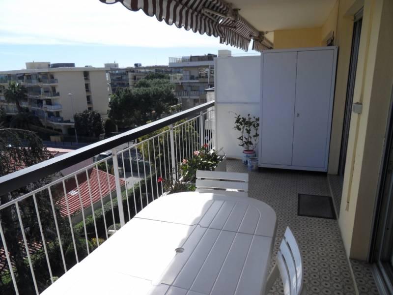 appartement 4 pièces SAINT LAURENT DU VAR (06700) - VENTE EN VIAGER OCCUPE